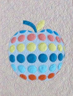 Quick, easy, fun little quilt- raw edge applique apple quilt pattern