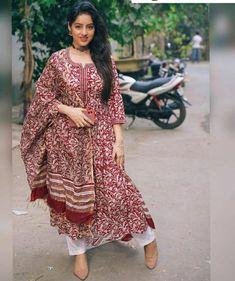 Cotton Anarkali, Anarkali Kurti, Ethnic Kurti, Kurtis With Pants, Hippy Gifts, Indian Kurta, Suits For Women, Bollywood, Dresses