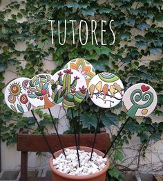 Ceramic Flowers, Clay Flowers, Glazes For Pottery, Ceramic Pottery, Fairy Silhouette, Mosaic Tile Art, Hand Built Pottery, Arts And Crafts, Diy Crafts