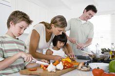 Consejos para que toda la familia coma sano - http://madreshoy.com/consejos-para-que-toda-la-familia-coma-sano/