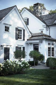 Home Exterior Inspiration - Rooms For Rent blog White Exterior Houses, Modern Farmhouse Exterior, White Houses, Rustic Farmhouse, White Siding House, Farmhouse Landscaping, Farmhouse Design, Farmhouse Style, Primitive Homes