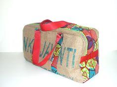 sac grand voyageur en sac de café recyclé et applications wax multicolore