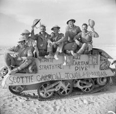 The crew of a Bren gun carrier proudly advertise their Scottish heritage 27 October North Africa. Ww2 Pictures, Military Pictures, Ww2 Photos, Historical Pictures, British Soldier, British Army, British Tanks, North African Campaign, Afrika Korps