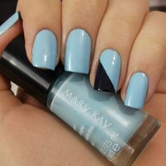 Blue Lotus & Blue Kinght da Mary Kay! Blue nails. Nail art. Nail design. Mary Kay polish. Polishes. Polished.  Instagram photo by @Morgana Piazenski