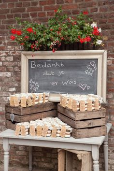 Charismatic concept for thanks Informations About idee voor bedankje . Autumn Wedding, Farm Wedding, Rustic Wedding, Dream Wedding, Diy Wedding Decorations, Wedding Favors, Party Favors, Wedding Gifts, Deco Champetre
