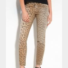 Current/Elliot leopard cheetah print jeans Current/Elliot cheetah print skinny denim jeans. Great condition. No stains, tears or rips. Current/Elliott Jeans