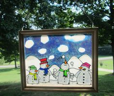 This is for all those Snowmen Lovers! This snow scene is filled with 4 happy snowmen. One is juggling as the other 3 watch. How fun is this!
