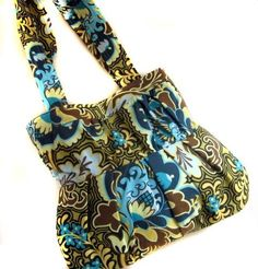The Greyling Tablet Case – Free Tutorials | PatternPile.com - Hundreds of Patterns for Making Handbags, Totes, Purses, Backpacks, Clutches, ...