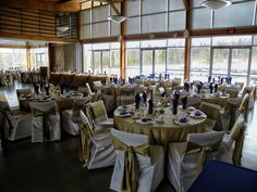 Dream Barn Wedding at The Balls Falls Big Barn, Jordan, ON with Feastivities Events & Catering | Weddings #barnweddings #barn #wedding #dream #ballsfalls
