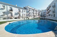 NOVO ARCOS es un edificio de departamentos ubicado en Arcos de la Frontera, una de las poblaciones más bellas de España.