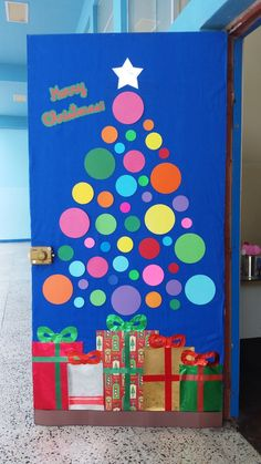 Christmas Classroom Door, Office Christmas, Preschool Christmas, Christmas Activities, Christmas Crafts For Kids, Christmas Art, Preschool Crafts, Holiday Crafts, Christmas Door Decorating Contest