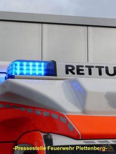 Plettenberg: Motorradfahrer kollidiert mit Leitplanke und wird schwer verletzt