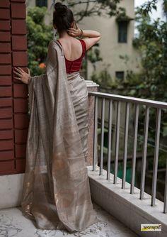 Handwoven pure matka jamdani silk saree, adorned with zari woven gold butas and motifs on palla. Kurta Designs, Saree Blouse Designs, Lehenga, Anarkali, Saree Poses, Sari Dress, Saree Trends, Saree Photoshoot, Dress Indian Style