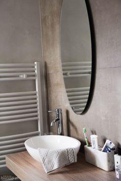 Begin de dag met een glimlach in deze prachtige badkamer.