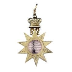 A large Australian gold Masonic Medal, by Evan Jones 11 Hunter… - Masonic Regalia - Recreations & Pursuits - Carter's Price Guide to Antiques and Collectables