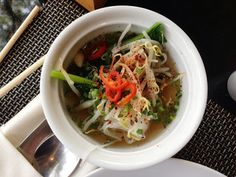 Hand selected noodle soup - Breakfast at the Swissotel in Bangkok |Living in Sin