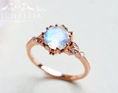 Vintage Moonstone Ring in Solid Gold Victorian by capucinne