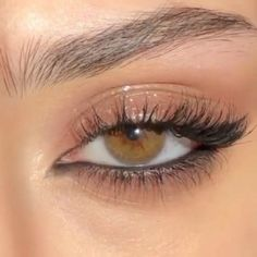 Soft Eye Makeup, Edgy Makeup, Makeup Eye Looks, Eye Makeup Art, Cute Makeup, Skin Makeup, Makeup Inspo, Eyeshadow Makeup, Makeup Inspiration