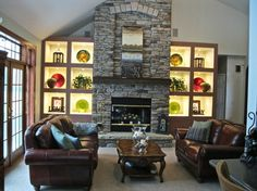 Bookshelf Lighting #livingroom · Eklektisches WohnzimmerWohnzimmerBeleuchtungEinzigartige  BeleuchtungBücherregaleStrahlen