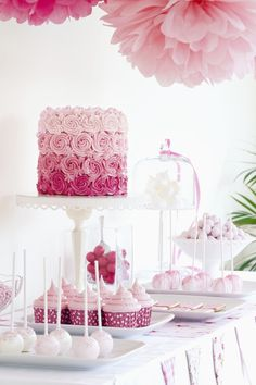 A gorgeous ombre cake and a pink party table design. So cute for a birthday party or a baby shower! Sweet 16 Parties, Pink Parties, Birthday Parties, Desserts Roses, Pink Dessert Tables, Dessert Party, Pink Table, Party Desserts, Wedding Desserts