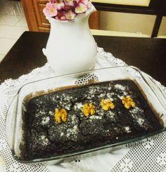 Keçi boynuzu tozu ve pekmezi ile yapılan unsuz ve şekersiz yapılan kakaolu kek