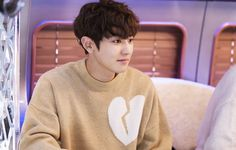 Chanyeol ~ missing 9