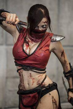 Awesome Mortal Kombat Scarlet CosPlay