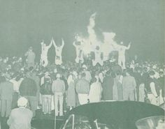 1950 Oregon homecoming rally and bonfire. From the 1951 Oregana (University of Oregon yearbook). www.CampusAttic.com