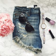 """Festival Style Cutoff Denim Shorts The perfect festival short with a vintage wash & on trend fray detail. A midrise fit, perfect distressing, & medium wash. Flattering & chic  c o n t e n t 98% cotton 2% spandex   c o l o r + medium wash  m e a s u r e m e n t s ✂️ + 13.5"""" 14.5"""" 15.5"""" > waist  + 2"""" inseam  h o s t  p i c k + 6/5/2016 • Street Style   m e  5'4"""" 