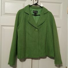 One button Blazer Green Blazer, poly blend. Lined, very nice piece for work wardrobe. requirements Jackets & Coats Blazers