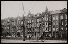 Oosterparkschool. Afgebeeld is de Oosterparkschool aan het 's Gravesandeplein. Het is helaas onbekend wanneer deze foto is gemaakt.<br />Bron: Beeldbank, Stadsarchief Amsterdam.