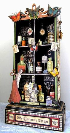 FRIENDS in ART: The Olde Curiosity Shoppe Cabinet.  Gosh, wish I was 1/4 this good.  Wow!