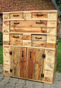 Cabinet made of pallet wood / pallet furniture Rustic Farmhouse Furniture, Wood Pallet Furniture, Pallet Art, Diy Pallet Projects, Wood Pallets, Pallet Wood, Pallet Closet, Workbench Plans Diy, Wood Resin Table