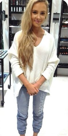 I la la loooove @Lauren Davison Curtis - her style and hair
