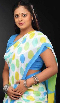 Cute Woman and Hot Girls Indian Photoshoot, Saree Photoshoot, Photoshoot Pics, South Indian Actress Hot, Most Beautiful Indian Actress, Set Saree, Saree Dress, Saree Blouse, Saree Models