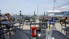 Try These 7 Rhode Island Restaurants For A Magical Outdoor Dining Experience
