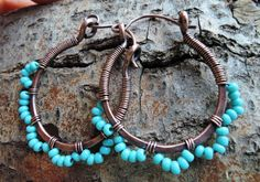 Turquoise copper hoops Hammered copper earrings by MateriaMorfosi