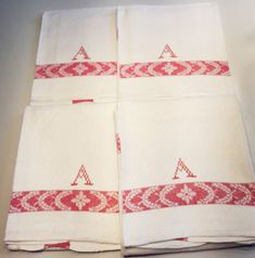 Cztery lniane szwedzkie ściereczki. Darmowa dostawa. Linen Towels, Dish Towels, Tea Towels, Scandinavian Home, Kitchen Towels, Monogram, Vintage, Knitting, Sewing
