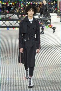 Dior-Homme-2017-Spring-Summer-Mens-Runway-Collection-020