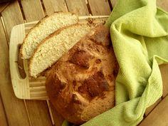 Chleb na kefirze.   Tego chleba chyba nie da sie spartaczyć. Robiłam go już wiele razy i zawsze wyszedł cudowny! Genialna chrupiąca skórka i delikatny środek. P... Brot