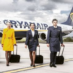 Ryan air crew #vogue #crew#crewfie#team#cabincrew#flightattendant #aviation#aviator#ryancrew#ryanair. by thecabincrewlounge