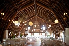 Wish we had something like this in the area, how amazing would that be to have your wedding reception!!