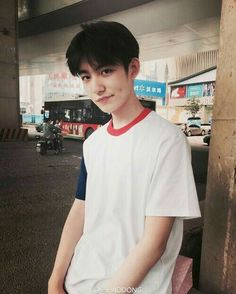 Image about fashion in Ulzzang Boys by / / Alex Cute Asian Guys, Cute Korean Boys, Asian Boys, Asian Men, Cute Boys, Korean Boys Ulzzang, Ulzzang Couple, Korean Men, Ulzzang Girl