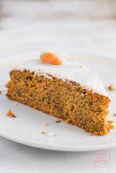 Köstlicher Karottenkuchen: Dieses einfache Möhrenkuchen-Rezept ohne Mehl ist genau das Richtige für alle, die ihre Rüblitorte besonders saftig mögen