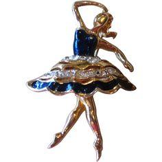 Coro Signed Early Vintage Ballerina Brooch