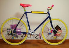 We're noticing a lot of bling bling, animal print and some crazy imaginations. Here are 18 of the best pimped out fixie bikes. Bicycle Spokes, Urban Bike, Buy Bike, Trends Magazine, Fixed Gear Bike, Cool Bike Accessories, Bike Shoes, Have A Laugh, Cycling Bikes