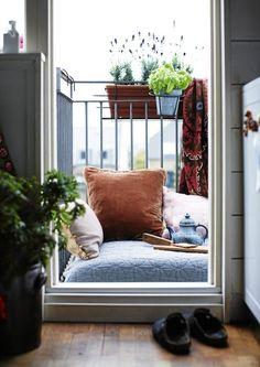 outfit per esterno | un balcone lungo e stretto 1