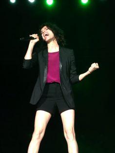 This is Giorgia singing passionately.
