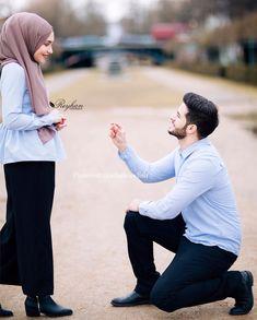 💎 Miss Bushra Kakar💎 Cute Muslim Couples, Cute Couples Goals, Romantic Couples, Wedding Couples, Cutest Couples, Romantic Quotes, Couple Posing, Couple Shoot, Couple Dps