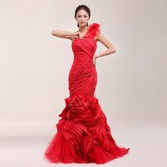 ยี่จิน Huayuan รุ่นใหม่ดาว 2014 งานแต่งงานสไตล์วิคกี้ไหล่เจ้าสาวสีแดง FISHTAIL ชุดแต่งงาน